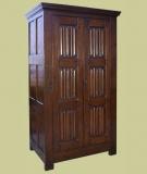 Oak Wardrobe Linenfold Panelled