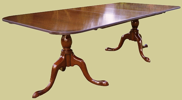Cab. Leg Ped. Table,2 bases,1 leaf