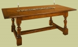 Joined oak refectory dinning table with baluster turned legs