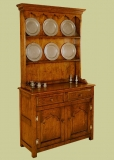 Plain Dresser With No Carving Using Chalk Paint