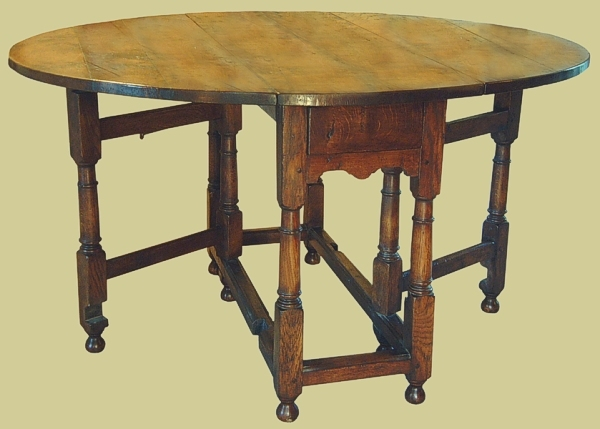 Small gateleg table oak