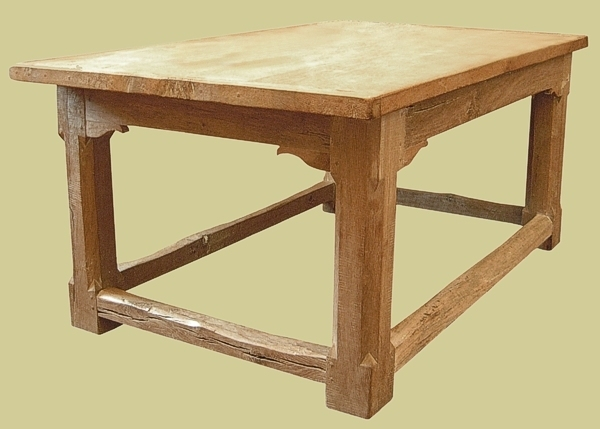 Refectory table all-round stretchers