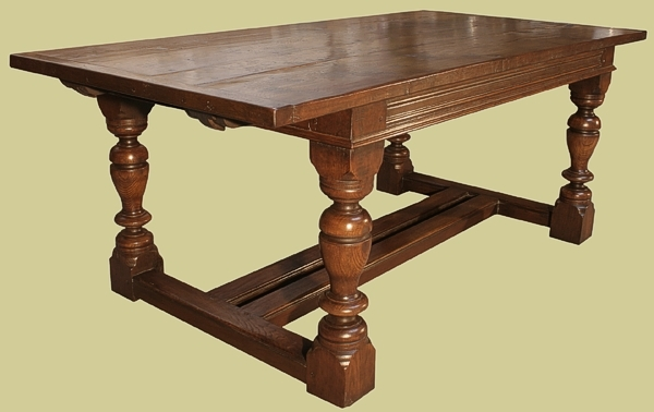 Refectory table twin stretchers