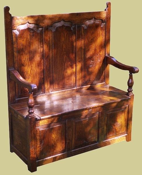 Oak 18th century style settle