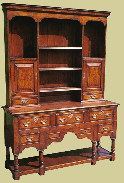 Cherrywood dresser 7 drawer potboard