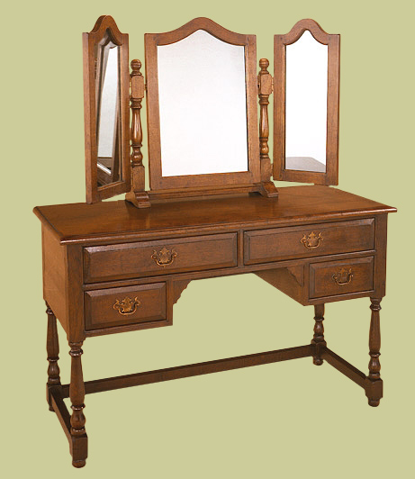 Oak dressing table, handmade and hand-finished, with four useful drawers and 3-plate mirror