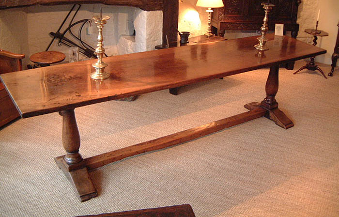 17th century italian table above has been made with one single plank