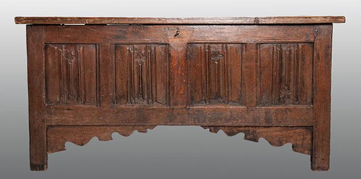 Linenfold chest 1540 for blog
