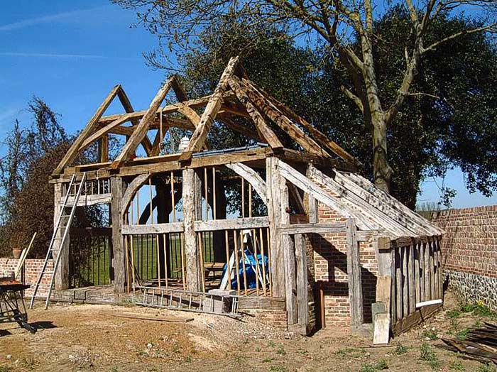 Old oak frame re-erection for blog
