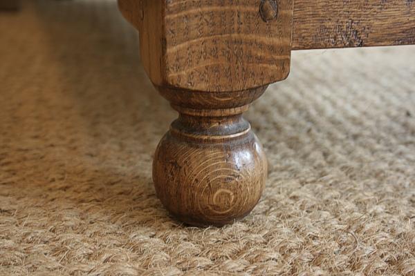 Oak TV stand detail
