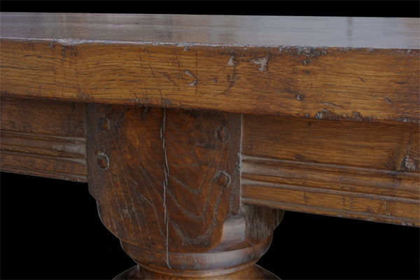 Moulded rail on 6 leg oak refectory table