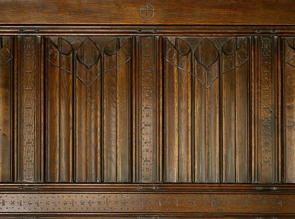 16th Century style linenfold bed panelling