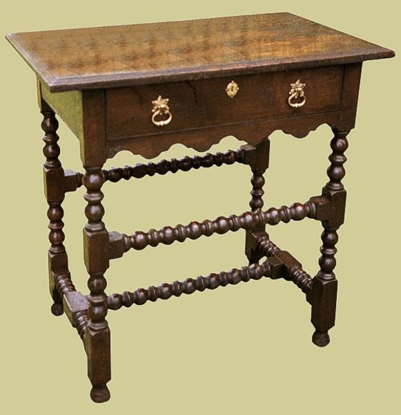 Oak Shaped Rail Side Table
