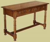 Oak 2-Drawer Gunbarrel Leg Side Table