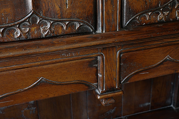 16th century style oak livery cupboard frame detail