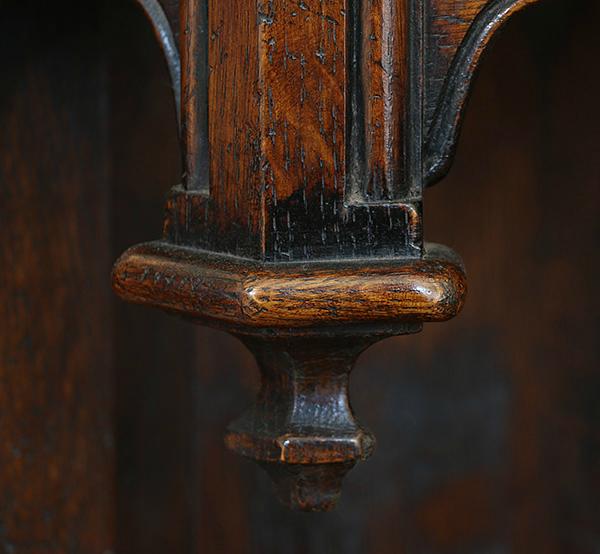 16th century style livery cupboard oak pendant detail.