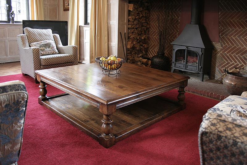 Large square oak potboard coffee table with robust classical baluster turned legs