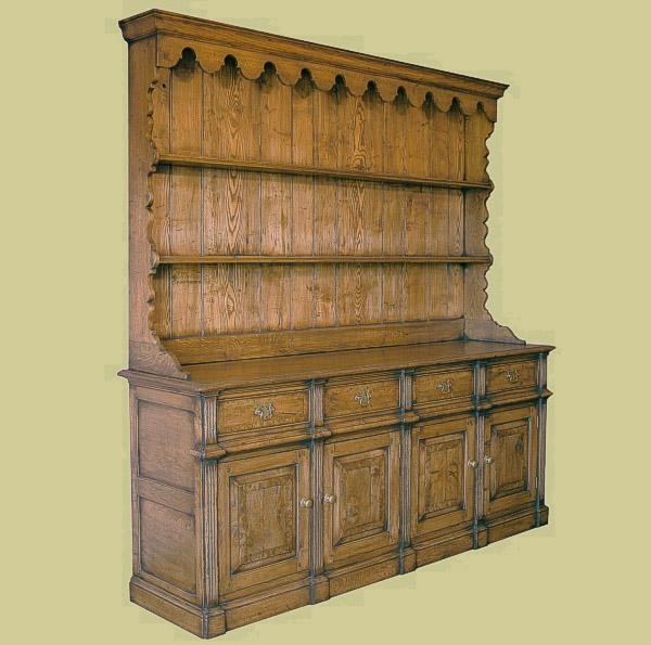 Montgomeryshire oak dresser with plate rack