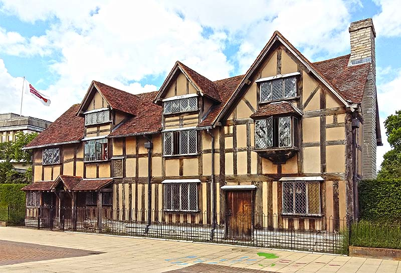 elizabethan cottage architecture shakespeares elizabethan timber framed birthplace