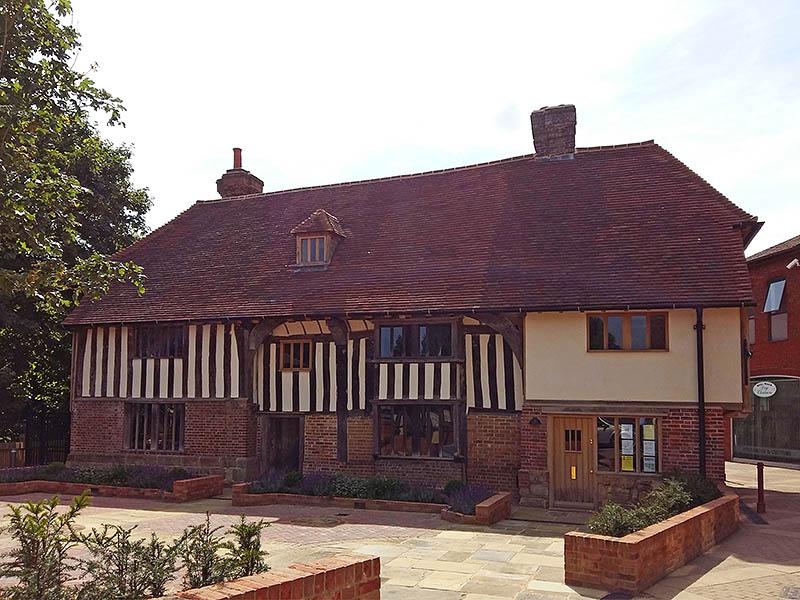 Bridge Cottage - a restored Wealden hall house